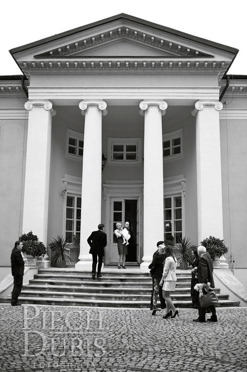 Alicja - Pałac Pass, Błonie 36