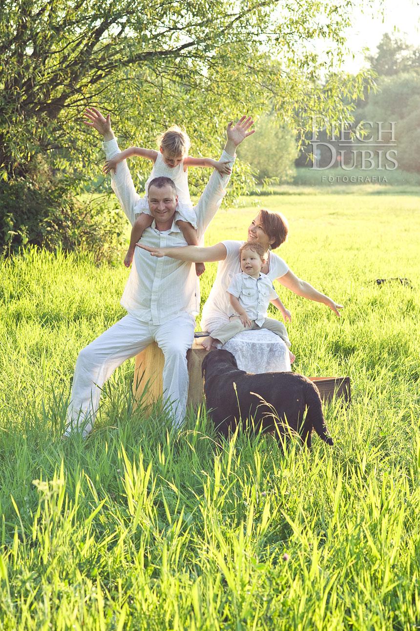 Ada i Tomek z rodzinką  40