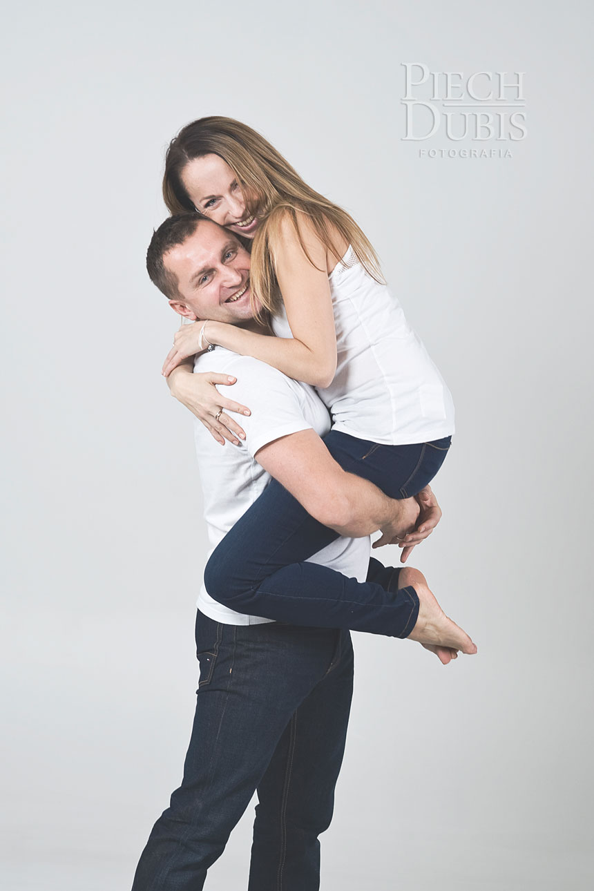 Ewelina i Piotr z dziewczynkami 26