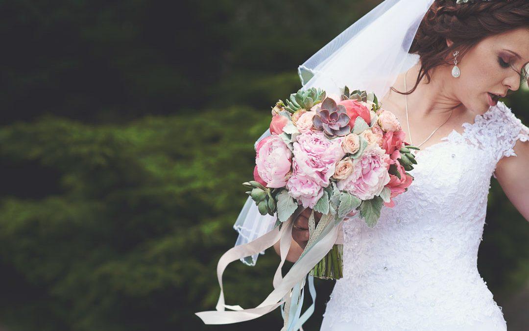 Judyta i Mateusz – fotoreportaż ślubny, Dwór Leśce