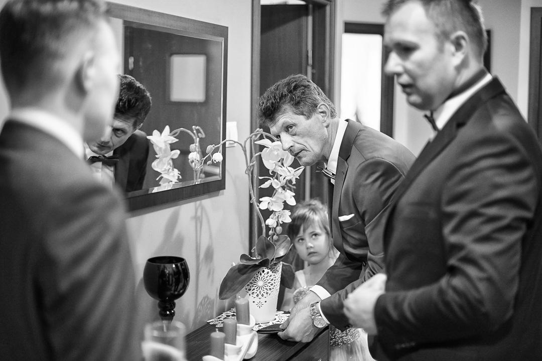 Kamila i Adrian - fotoreportaż ślubny 11