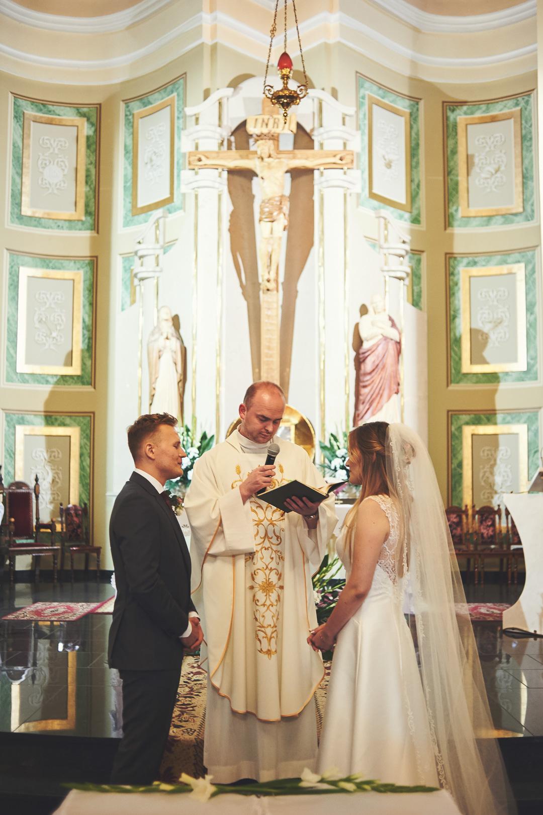 Kamila i Adrian - fotoreportaż ślubny 53