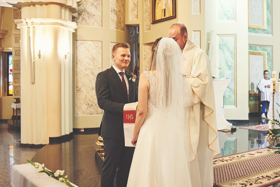 Kamila i Adrian - fotoreportaż ślubny 56