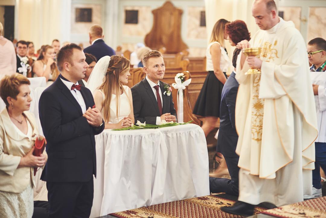 Kamila i Adrian - fotoreportaż ślubny 62