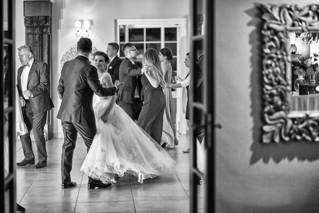 Fotoreportaż ze ślubu Ani i Patryka / Villa Julianna 115