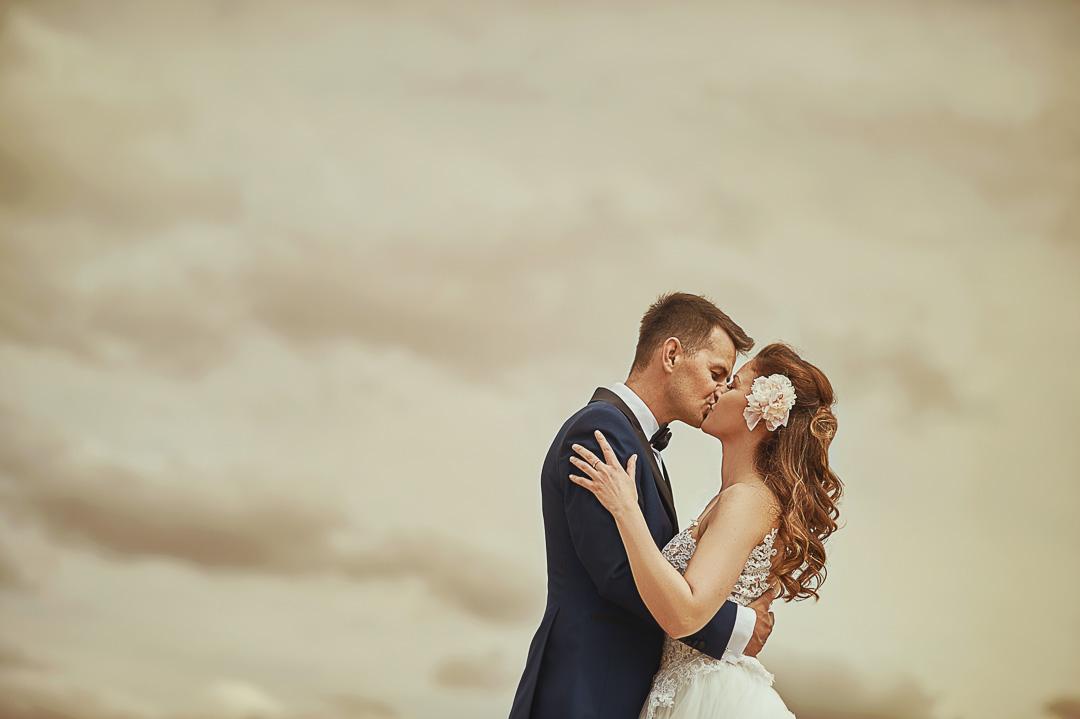 Plener ślubny w Warszawie na plaży 1