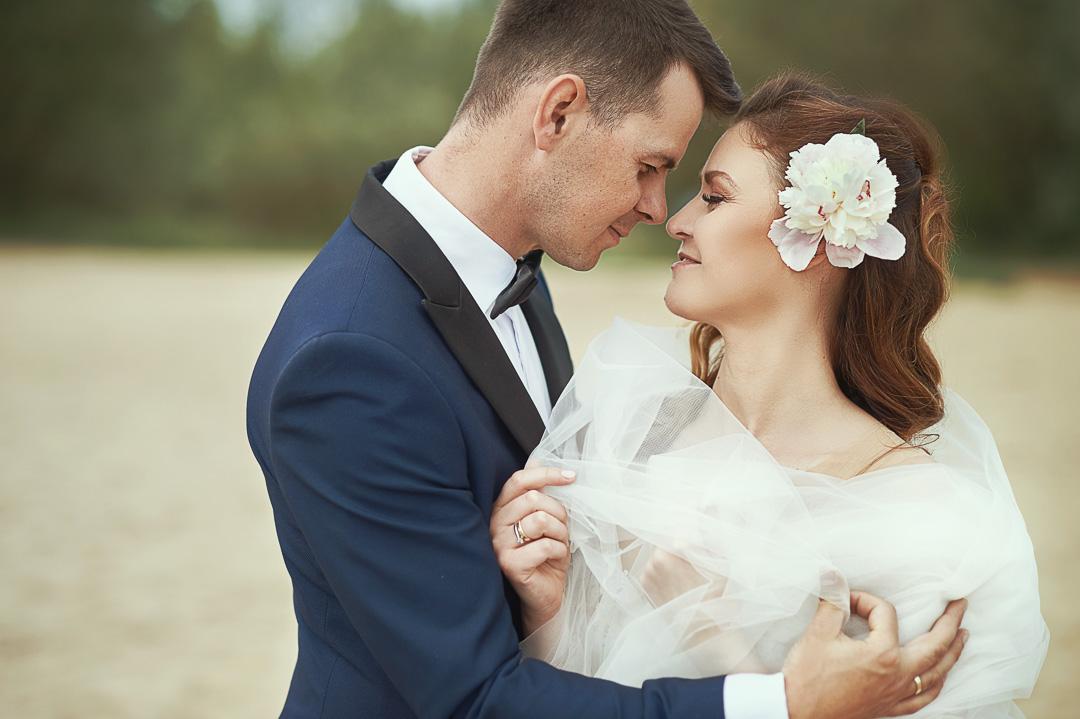Plener ślubny w Warszawie na plaży 24