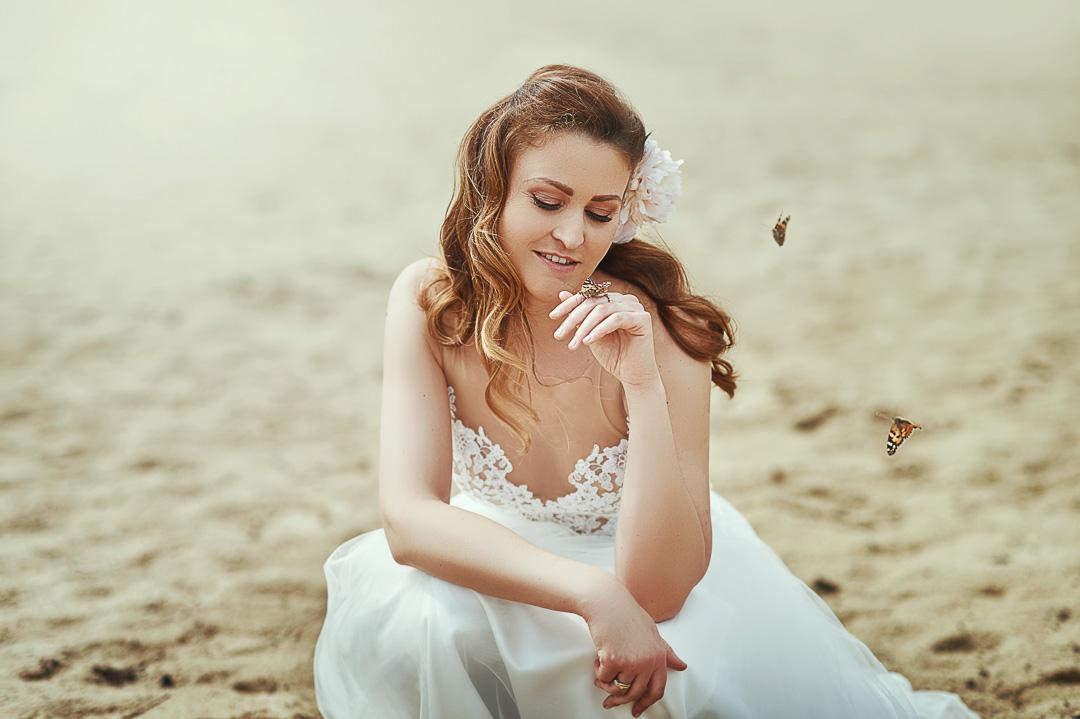 Plener ślubny w Warszawie na plaży 18