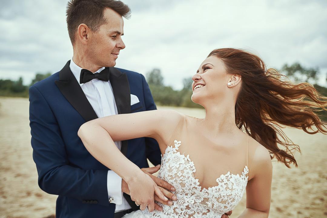 Plener ślubny w Warszawie na plaży 9