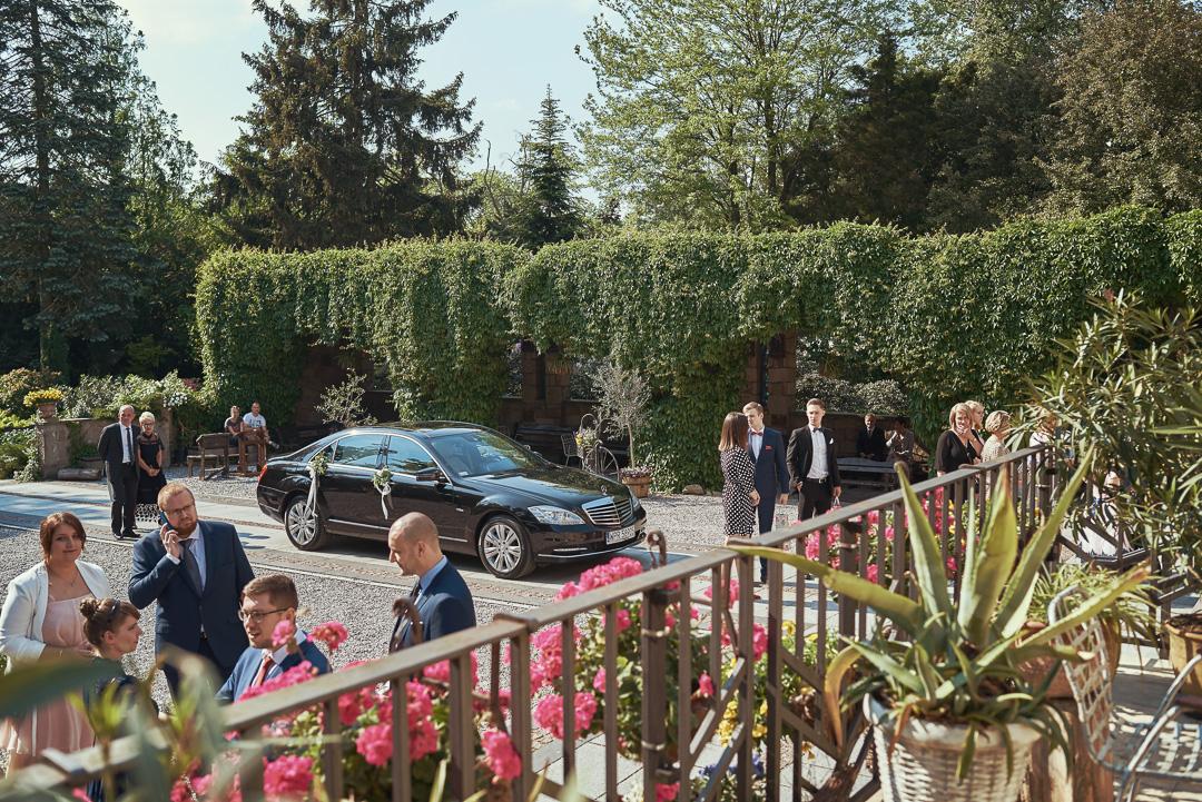 Fotoreportaż ślubny w Pałacyku Otrębusy 11