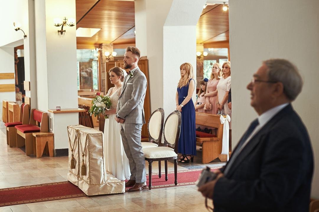 Fotoreportaż ślubny w Pałacyku Otrębusy 14