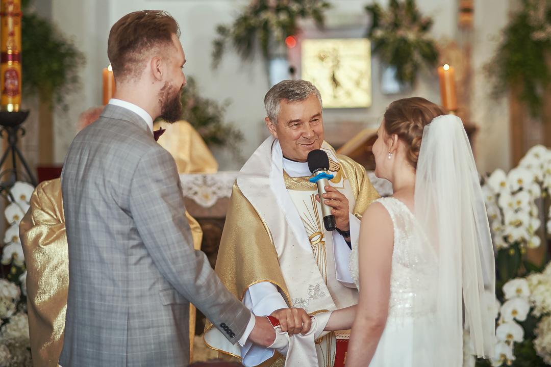 Fotoreportaż ślubny w Pałacyku Otrębusy 15