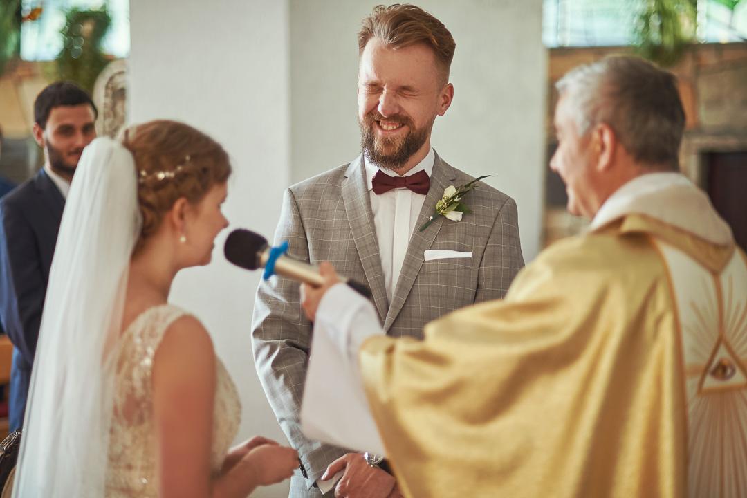 Fotoreportaż ślubny w Pałacyku Otrębusy 16