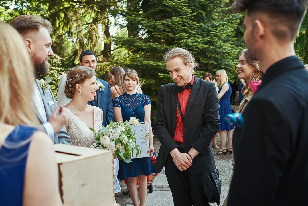 Fotoreportaż ślubny w Pałacyku Otrębusy 22