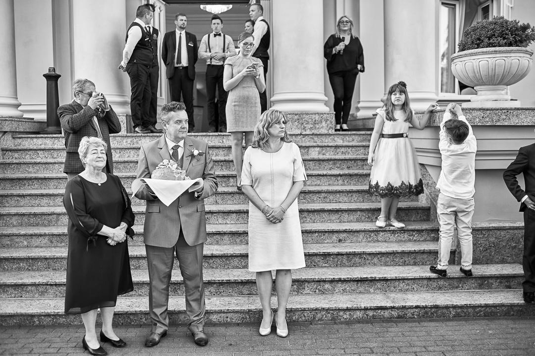 Fotoreportaż ślubny w Pałacyku Otrębusy 24