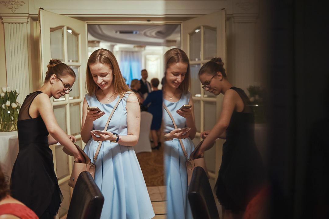 Fotoreportaż ślubny w Pałacyku Otrębusy 32