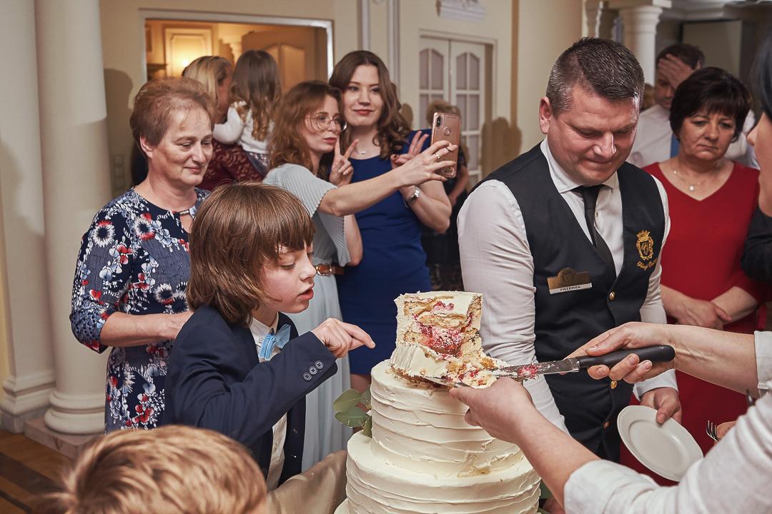 Fotoreportaż ślubny w Pałacyku Otrębusy 40