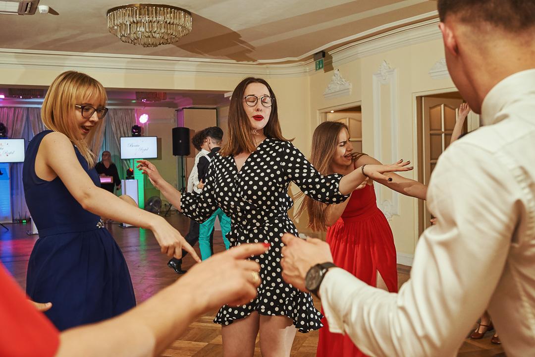 Fotoreportaż ślubny w Pałacyku Otrębusy 45