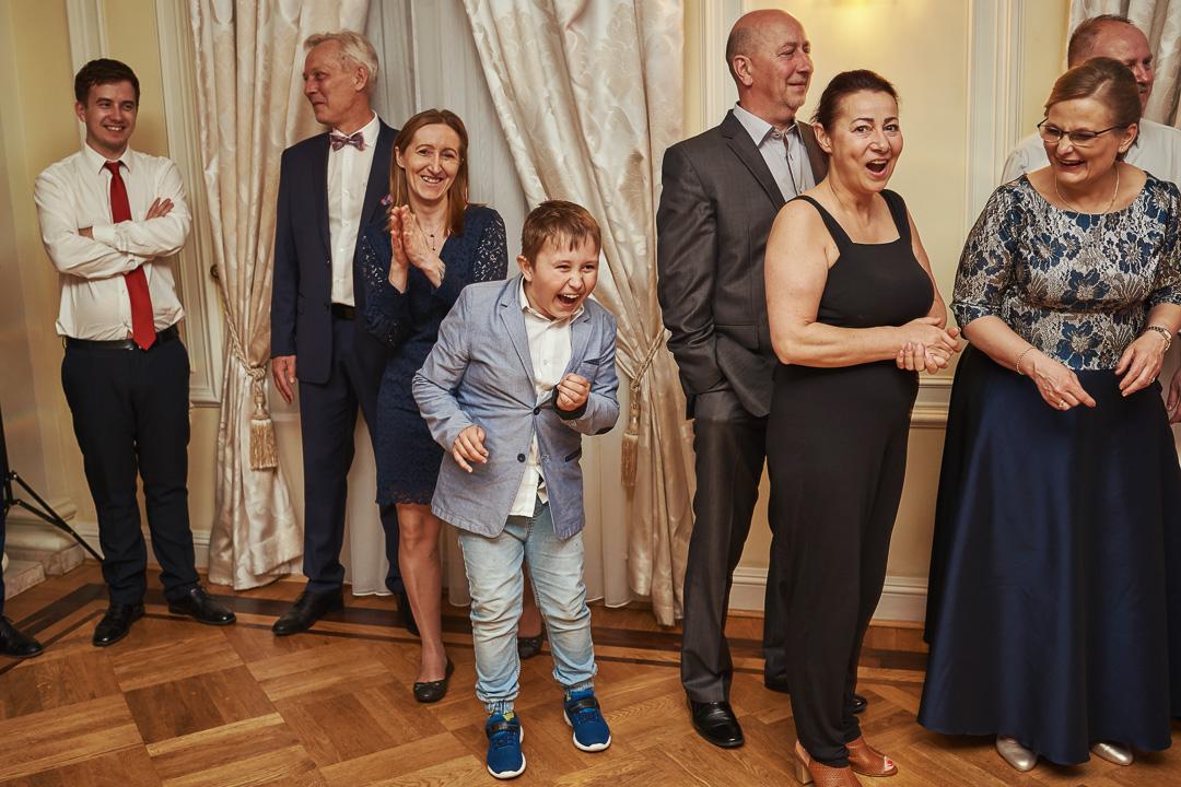 Fotoreportaż ślubny w Pałacyku Otrębusy 51