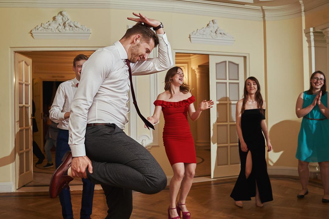 Fotoreportaż ślubny w Pałacyku Otrębusy 52